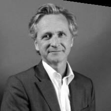 """Philippe Leveque (EMB) : """"L'e-mail permet non seulement la communication marketing et professionnelle, mais il agit aussi comme clé de contrôle dans la sécurisation des transactions et la gestion d'applications en ligne. Le tout est d'utiliser cet outil à bon escient..."""""""
